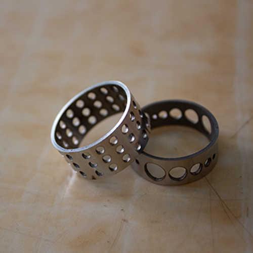 光纤圆管激光切割机切割钢质戒指样品