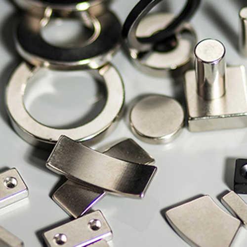 双驱动稀土激光切割机切割钕铁硼强磁磁铁样品展示